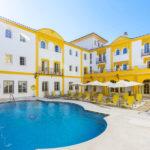 Hotel Maciá Alfaros: Hotel en Córdoba con Piscina Exterior