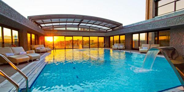Piscina Hilton Madrid Airport