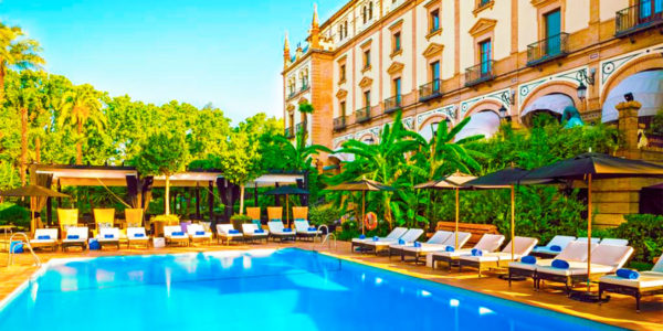 Piscina Hotel Alfonso XIII A Luxury Collection Hotel