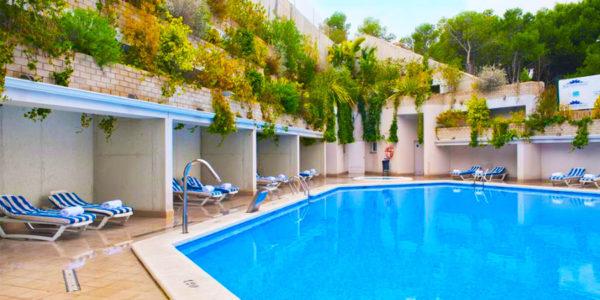 Piscina Hotel Alicante Hills