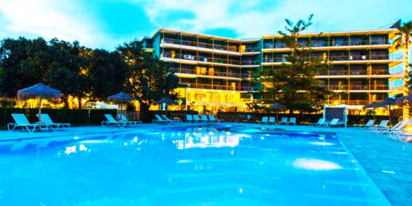Piscina Hotel Almirante Alicante