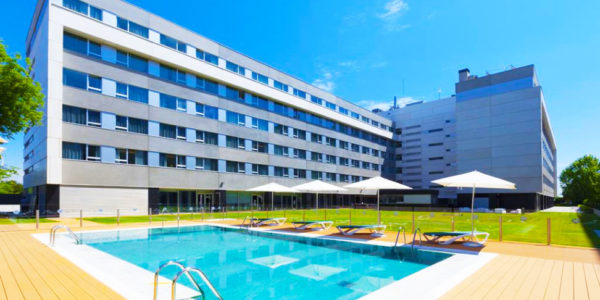 Piscina Hotel Axor Feria