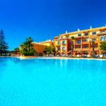 Hotel Barceló Punta Umbría Mar: Hotel en Huelva con Piscina al Aire Libre y Playa Privada