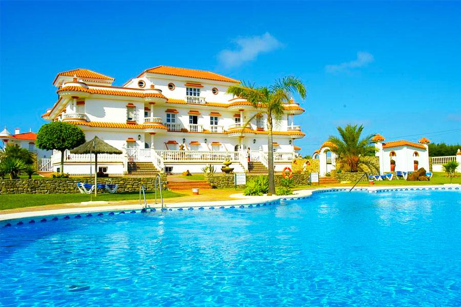 Piscina Hotel Diufain