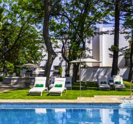 Piscina Hotel Duques de Medinaceli