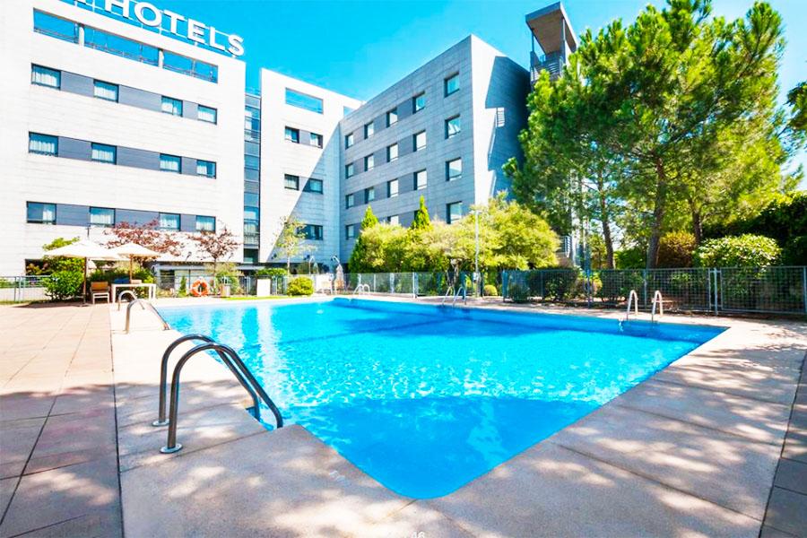 Piscina Hotel Exe Madrid Norte