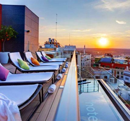 Piscina Hotel Indigo Madrid Gran Via
