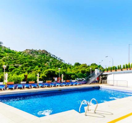 Piscina Hotel Maya Alicante