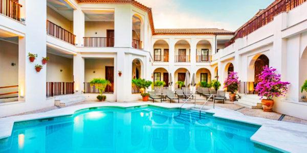 Piscina Hotel NH Collection Amistad Córdoba
