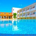 Hotel Pradillo Conil: Hotel en Conil de la Frontera Piscina Exterior