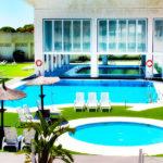Hotel Suites Puerto Sherry: Hotel en El Puerto de Santa María Piscina al Aire Libre