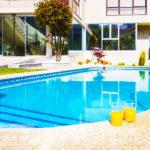 Chalet Sayanes Surf House: Alojamiento en Vigo Piscina Privada