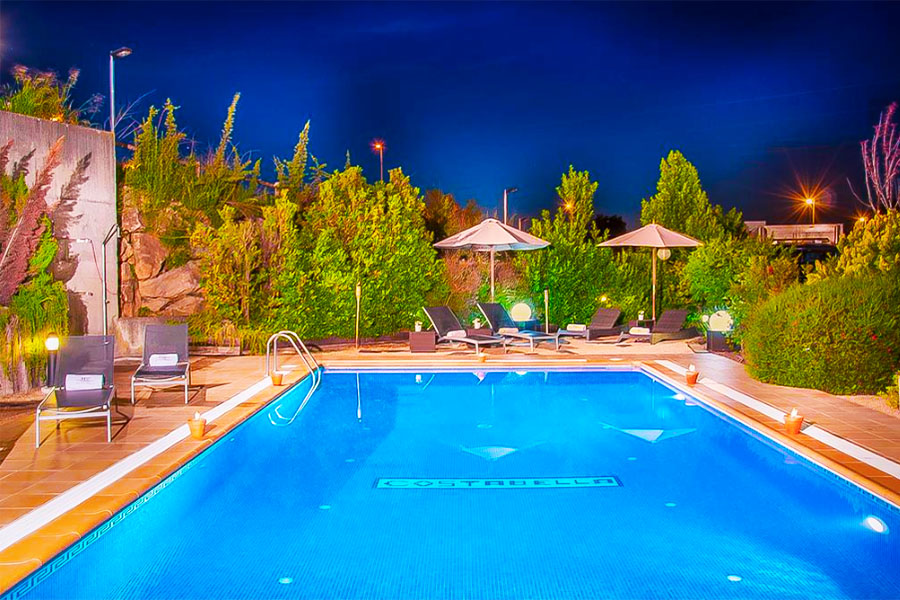 Hotel con piscina Girona Hotel Costabella