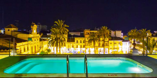 hotel con piscina merida Hotel Ilunion Merida Palace