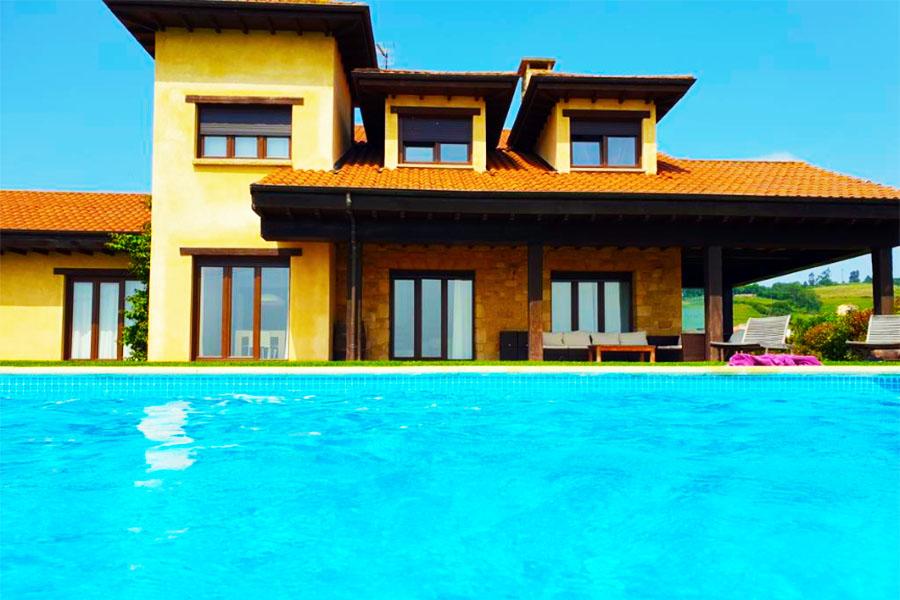 hotel con piscina oviedo La Casa de Orviz