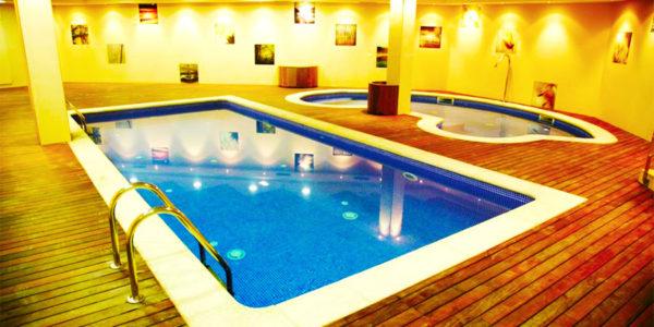 hotel con piscina oviedo Silken Ciudad Gijon