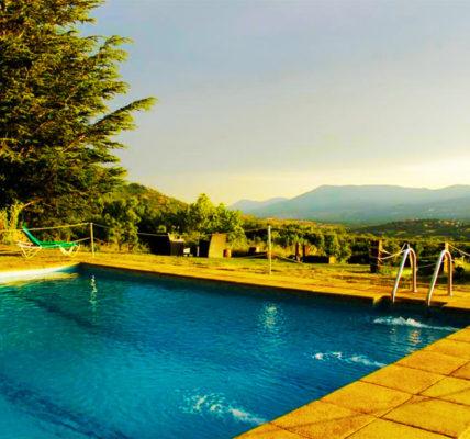 Hotel con piscina Segovia Casona De Navalmedio
