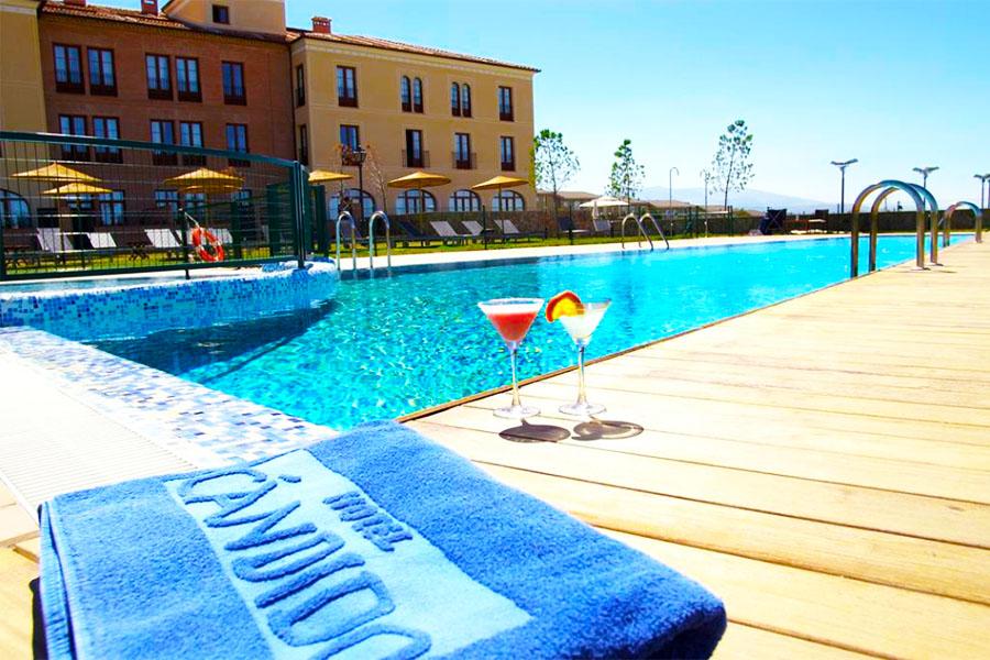 Hotel con piscina Segovia Hotel Candido