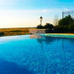 Finca El Rancho de la Aldeguela: Hotel en Segovia Piscina Cubierta y Piscina Exterior