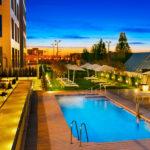 Hilton Garden Inn Sevilla: Hotel en Sevilla con Piscina Exterior