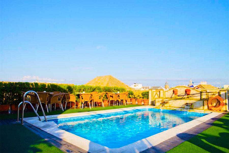 hotel con piscina sevilla Hotel Dona Maria