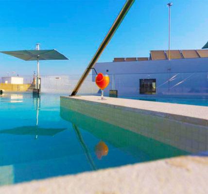 hotel con piscina sevilla Hotel Macia Sevilla Kubb