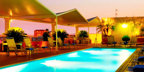 hotel con piscina sevilla Hotel Novotel Sevilla