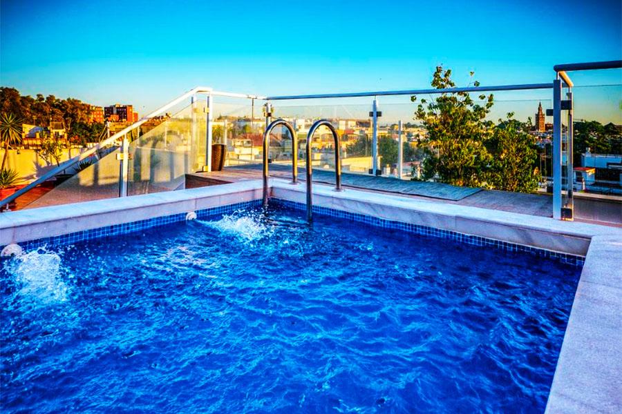 hotel con piscina sevilla Hotel Plaza Santa Lucia