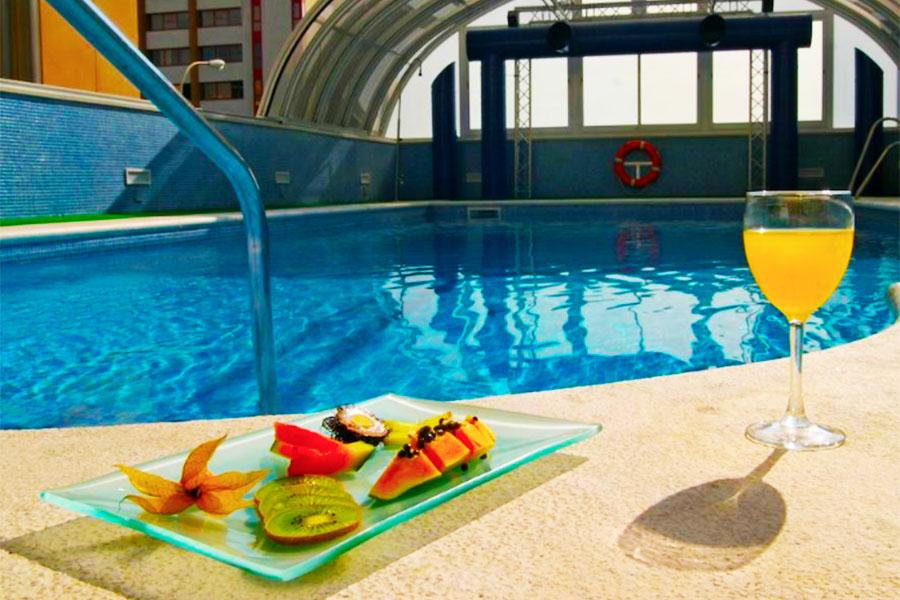 hotel con piscina sevilla Vertice Sevilla