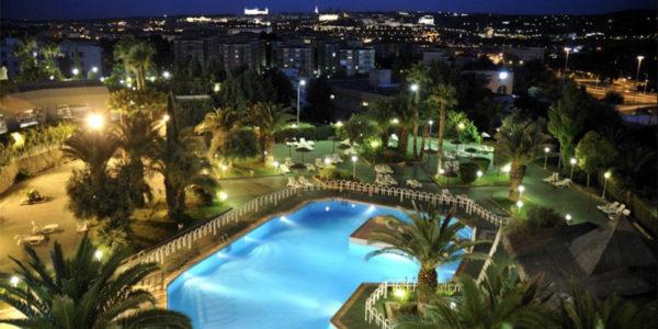Hotel con Piscina Toledo Beatriz Toledo Auditorium & Spa
