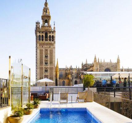 Piscina EME Catedral Hotel