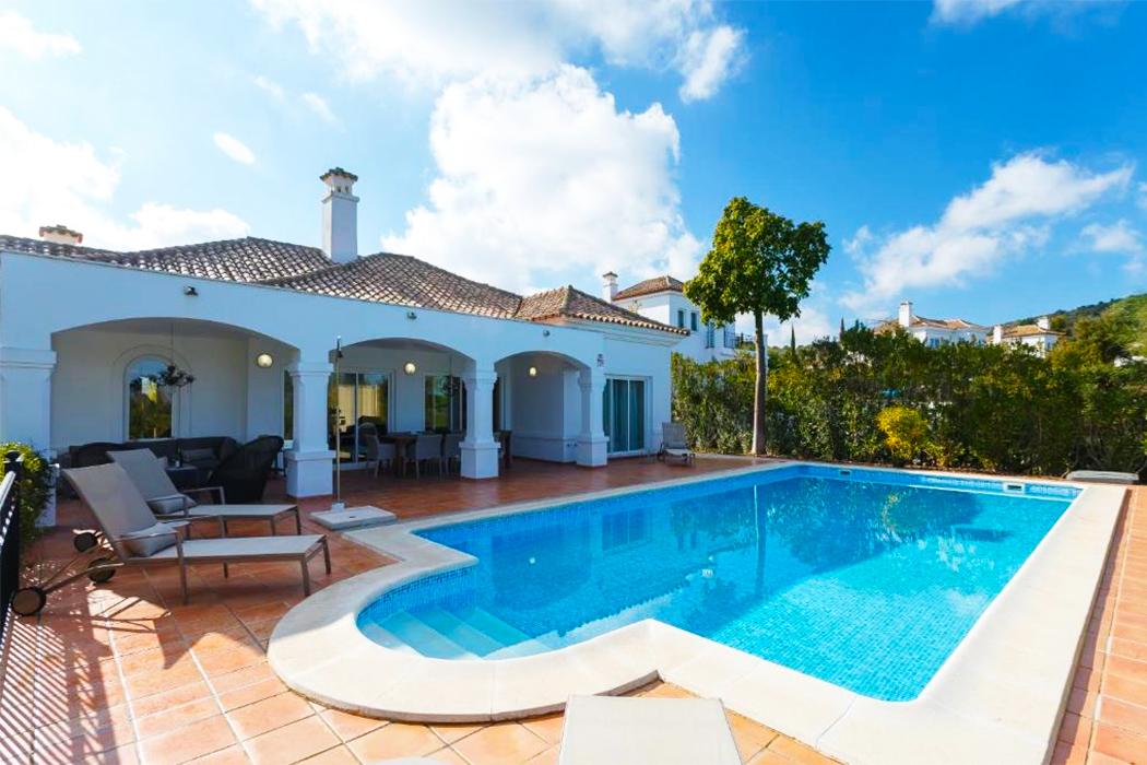 Arcos Gardens Sol Rent Golf piscina privada habitacion