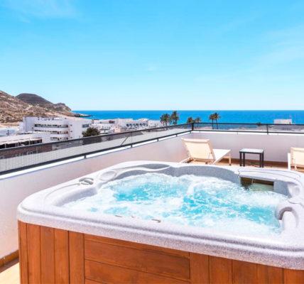 Cala Chica Cabo de Gata piscina privada habitacion almeria