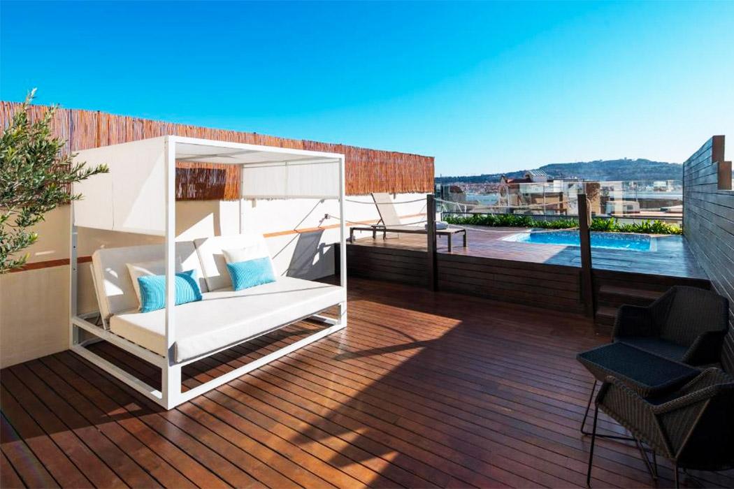 Catalonia Ramblas hotel piscina privada habitacion