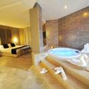 Hoteles con Piscina Privada en la Habitación en Valencia
