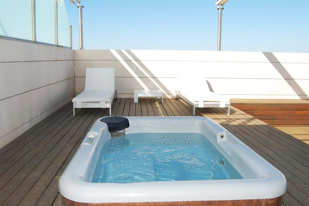 Hotel Neptuno piscina privada habitacion