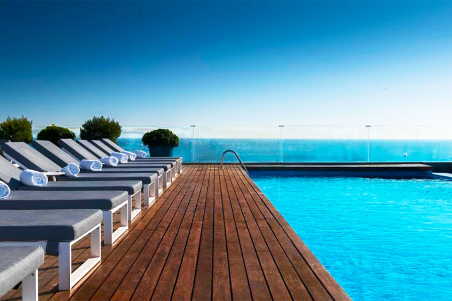 Piscina AC Hotel Barcelona Forum