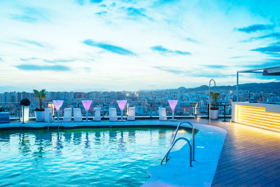 Piscina AC Hotel Málaga Palacio