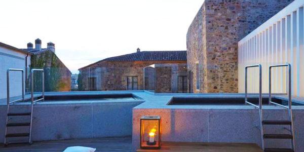 Piscina Atrio Restaurante Hotel