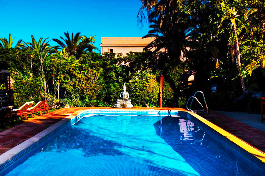 Piscina Chillout Hotel Tres Mares