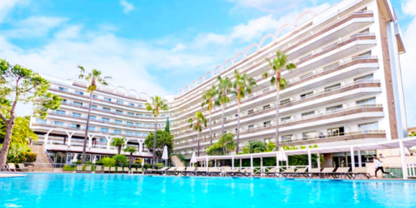 Piscina Golden Port Salou & Spa