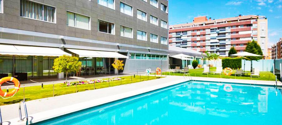 Piscina Hotel Abba Huesca