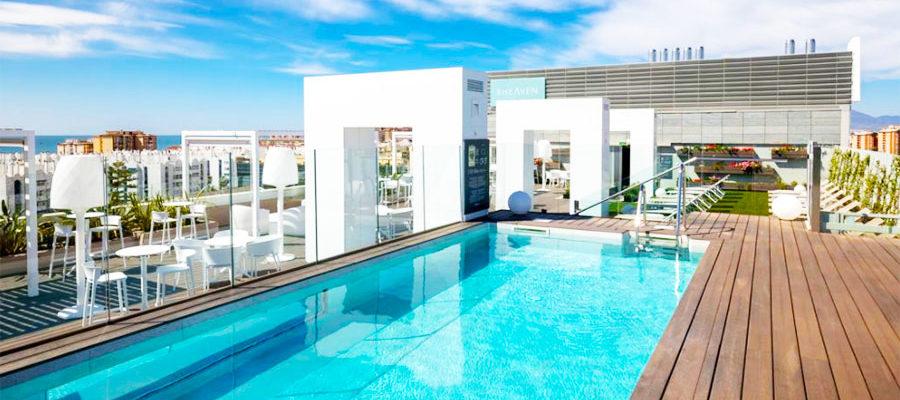 Piscina Hotel Barceló Málaga