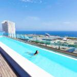 Hotel Barcelona Princess: Hotel en Barcelona Piscina Exterior con Vistas al Mar