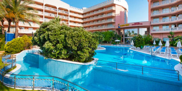 Piscina Hotel Dorada Palace