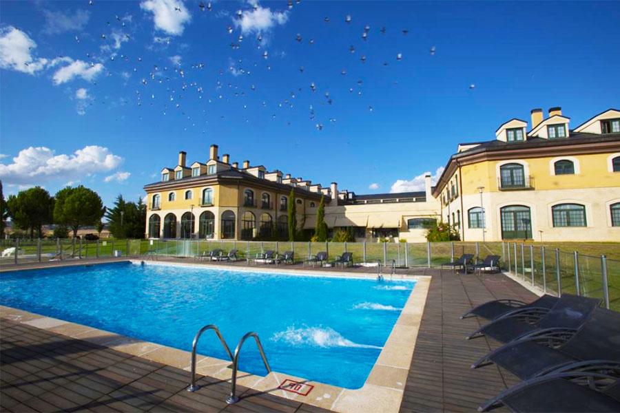 Piscina Hotel Fontecruz Avila