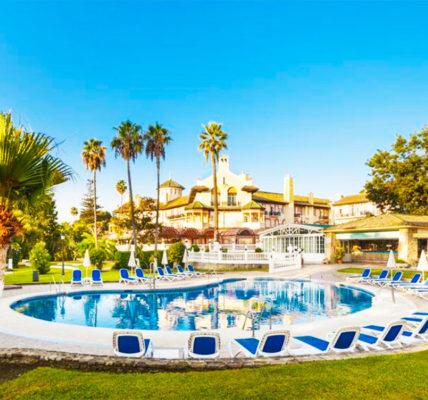 Piscina Hotel Globales Reina Cristina