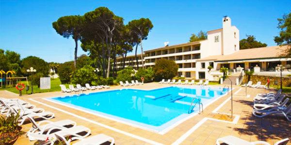Piscina Hotel Guadacorte Park