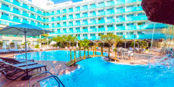 Piscina Hotel H10 Delfín