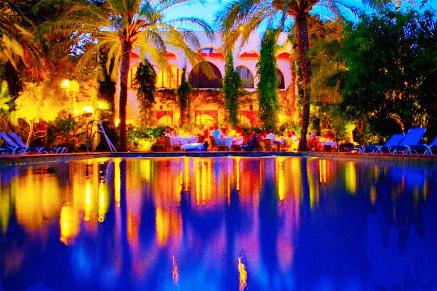 Piscina Hotel Hurricane